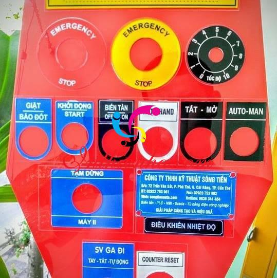 Tem tủ điện chất liệu nào là sang trọng nhất?